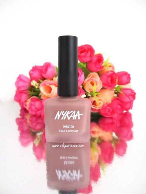 Review Nykaa Matte Nail Lacquer Nutcraker Dreams 151