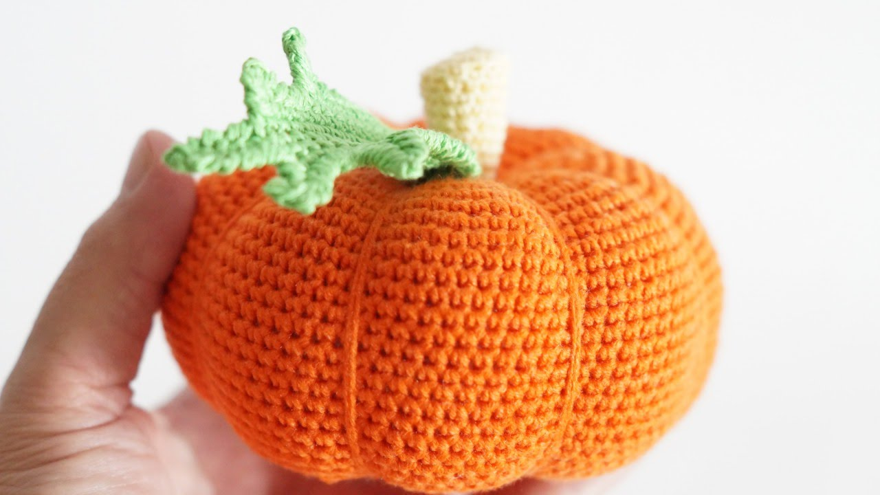 DIY Knit Pumpkins Orange