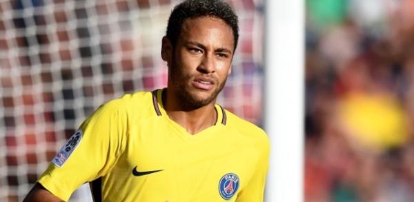 Neymar é multado pela Justiça brasileira em R$ 3,8 milhões