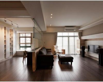 Sàn gỗ tự nhiên chiu liu giúp căn nhà nổi bật hơn