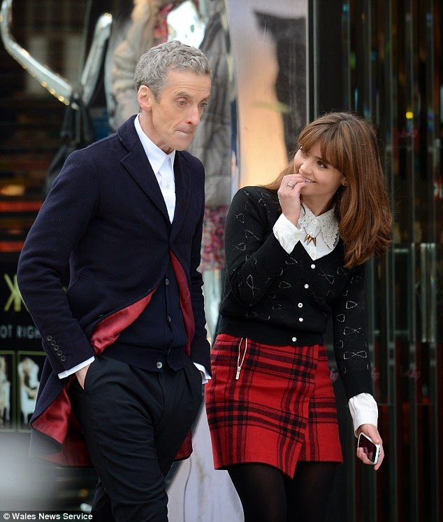 Looking at Clara and the Doctor in the first episode of season 8 the similarities between their two outfits are obvious. Heu0027s wearing a white shirt with a ...  sc 1 st  Hello Tailor & Hello Tailor: Doctor Who: The Doctoru0027s new outfit and some ...