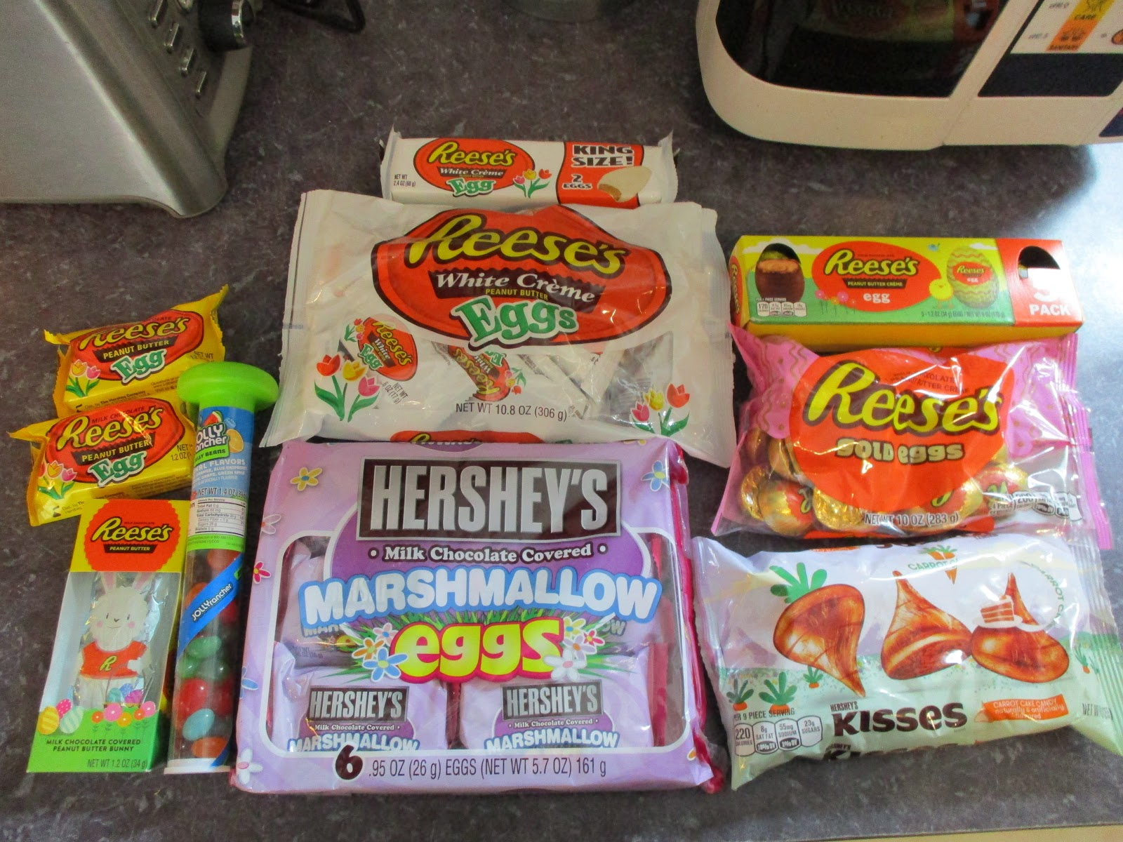 Missys product reviews hersheys easter gift guide 2017 this easter do not forget your hersheys candy for those easter baskets i am a chocolate lover and my mom always gets me some great hersheys candy negle Choice Image