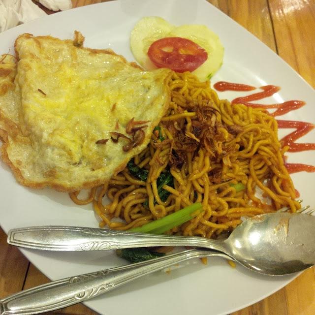Mie Tek - tek ala Freedom Cafe Medan