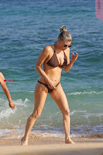 Fergiein-Bikini-2017--36+%7E+SexyCelebs.in+Exclusive+Celebrities+Galleries.jpg