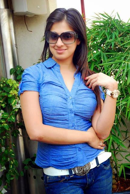 Lakshmi Rai hot images