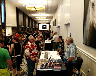Image of authors and attendees during the Friday night Meet the Pros segment