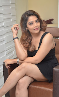 Anamika Spicy Unseen South Indian Actress in Short Deep Neck Black Dress