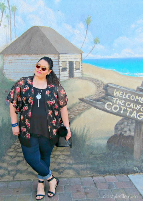 plus size, fashion, wet seal plus, seal beach, valentines day, fashion over 40, kimono, latina blogger, rock star skinny jeans, old navy,