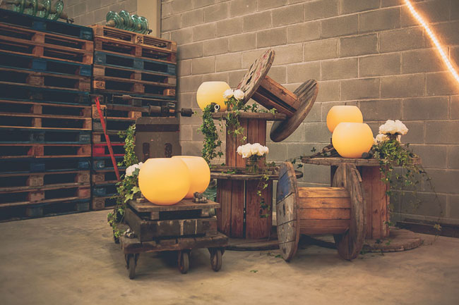 boda-industrial-en-una-nave-ideas-decoracion-original