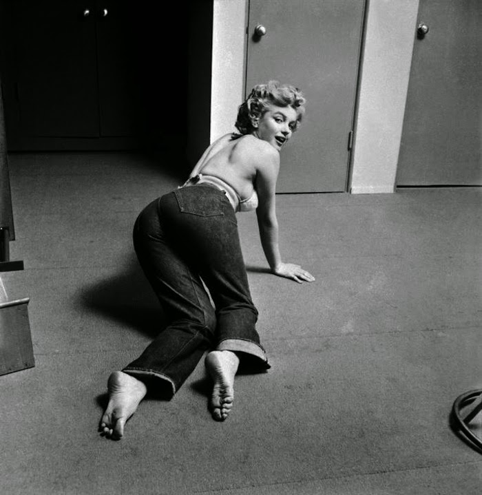 Candid Photos Of Marilyn Monroe Working Out At The Beverly