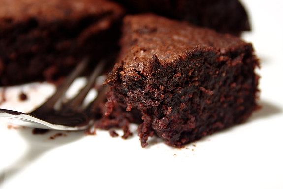 6dccd0d347e8 Cinco Quartos de Laranja  Brownie de chocolate e beterraba