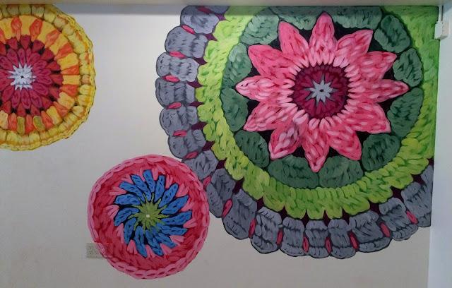 crochet mural, yarn shop mural, yarn mural, knitting mural, knitting shop mural, crochet circles