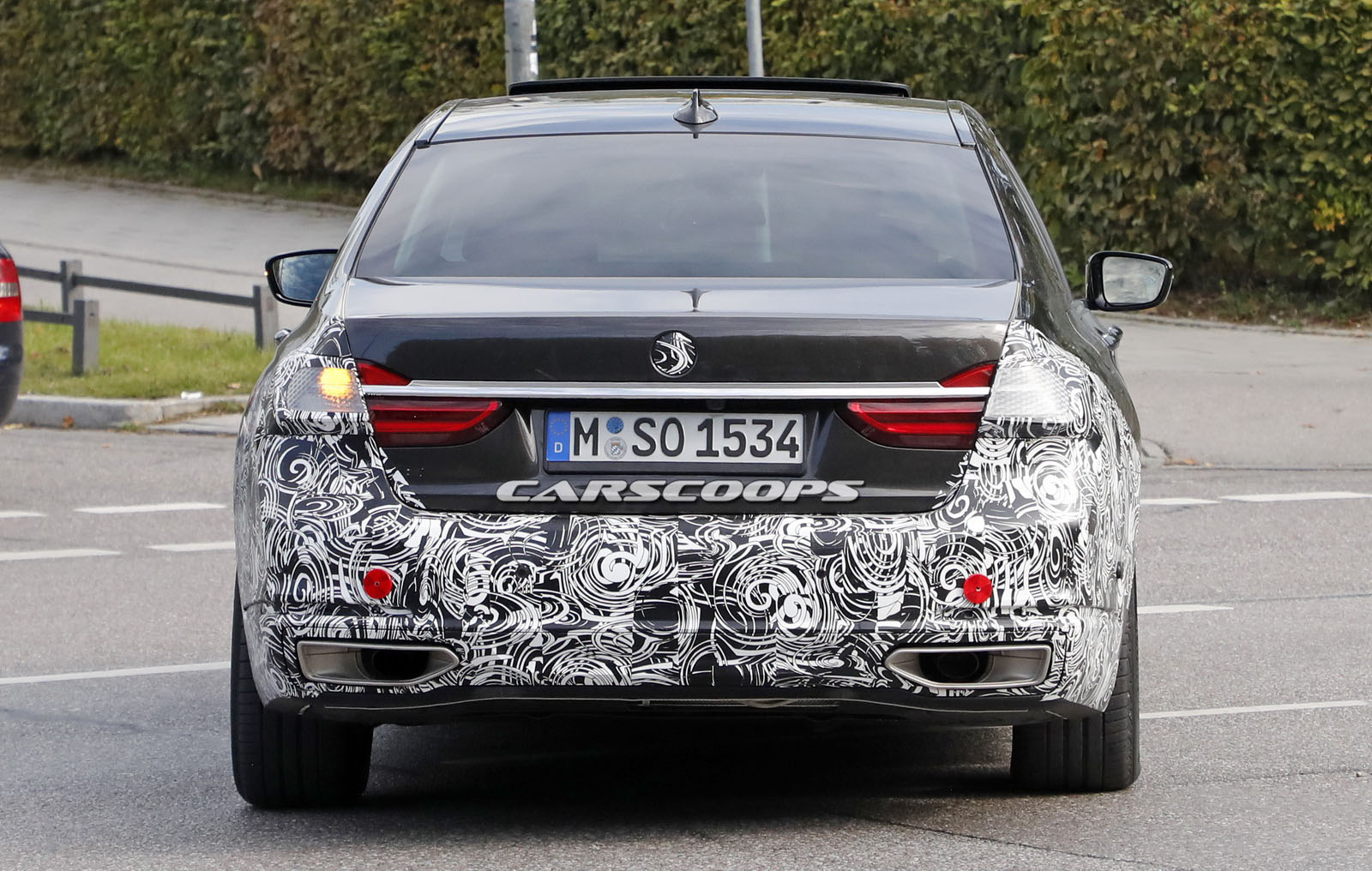 BMW-7-Facelift-10