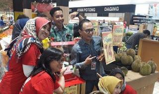 Viral! Durian J-Queen Dijual Rp 14 Juta Per Buah di Asia Plaza Tasikmalaya