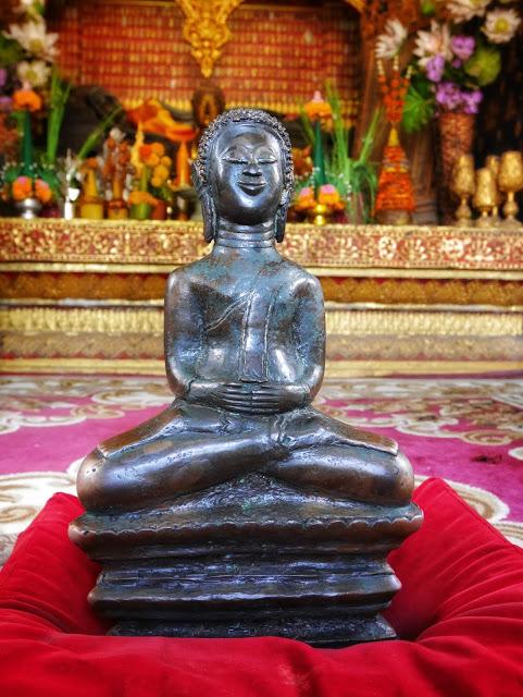 fortune telling buddha