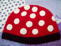 GORRO DE MINNIE A CROCHET