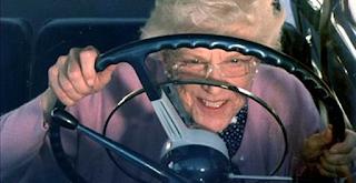 Οριστικό: Οι ηλικιωμένοι άνω των 74 θα ξαναδίνουν για δίπλωμα οδήγησης