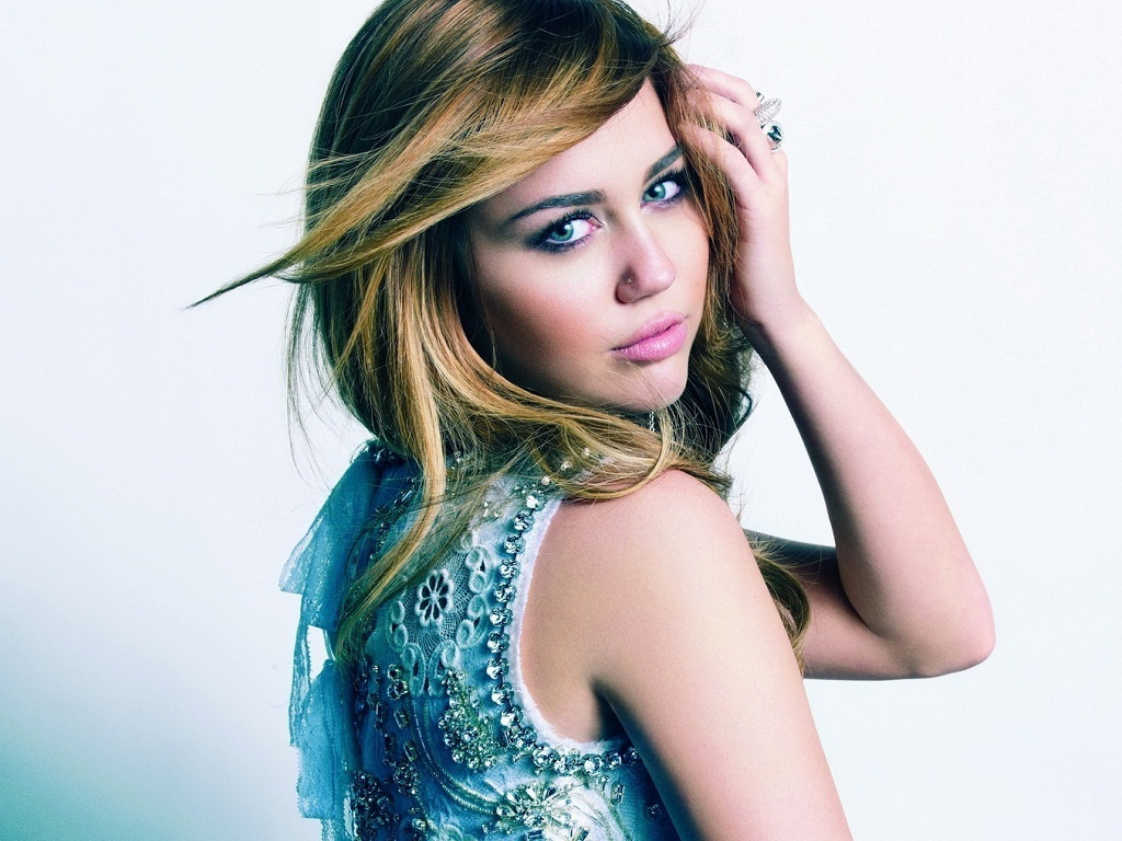 Miley Cyrus: Beauty Models Images: Miley Cyrus