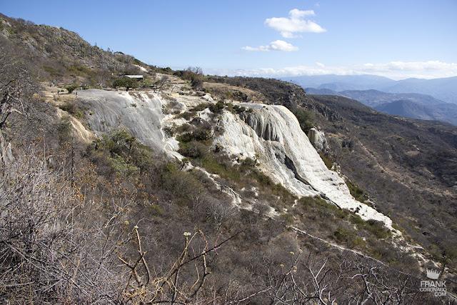 vista panoramica de hierve el agua en Oaxaca