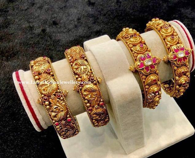 2 Designs Antique Gold Bangles