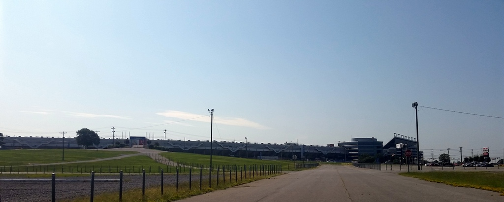 Road runner sights around the charlotte motor speedway for Charlotte motor speedway campground