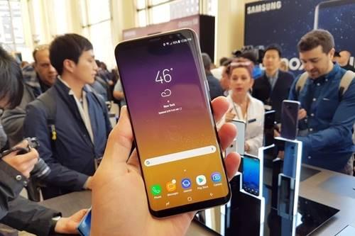 Tela enorme é o principal diferencial do novo Galaxy S8