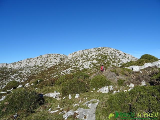 Llegando a el Pico Ubricario
