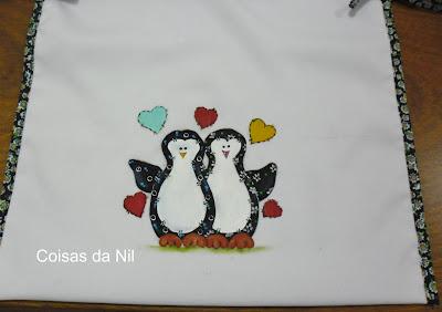 pintura em tecido oxford casal pinguins efeito patchwork