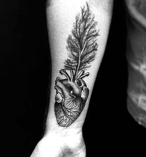 kalp ve ağaç dövmesi heart and tree tattoo