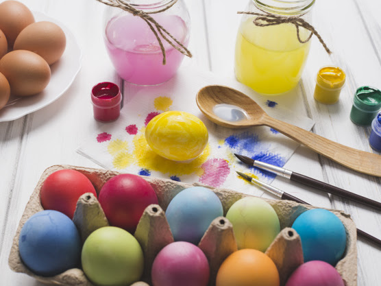 Win Easter With These Easter Egg Decorating Hacks