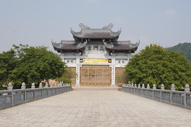 Tham quan chùa Bái Đính, Ninh Bình - ngôi chùa lớn nhất đông nam á