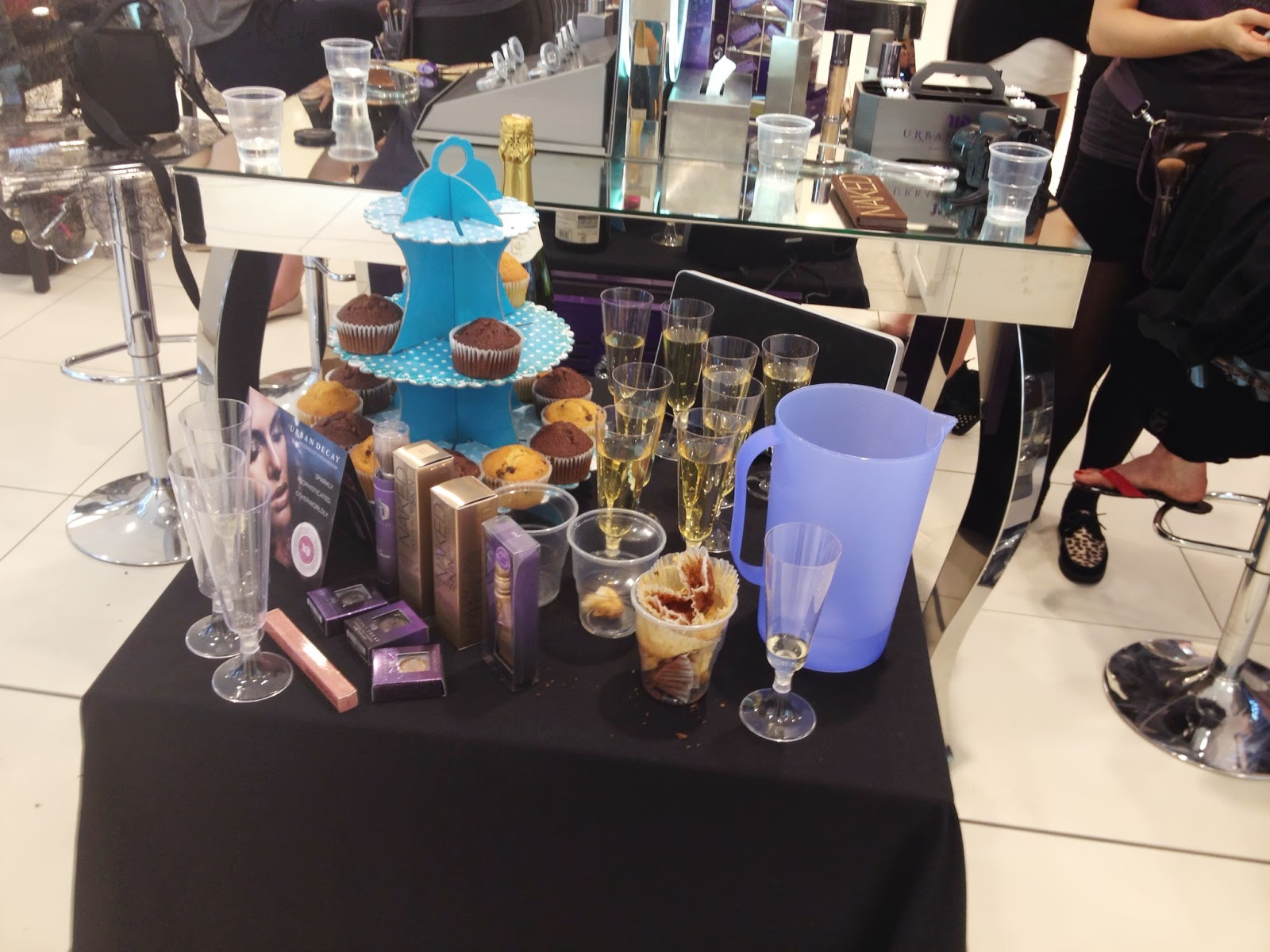 Urban Decay blogger event food