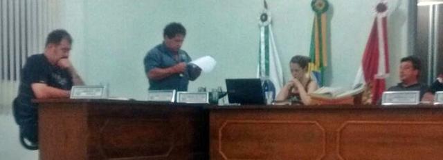 Iretama: Vereador causa polêmica durante sessão
