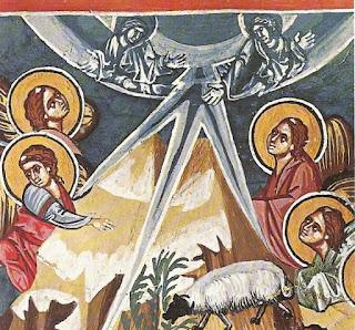 Τόξα ουρανού με δύο αγγέλους σε μονοχρωμία σε αντίθεση με τους αγγέλους που βρίσκονται στη γη.