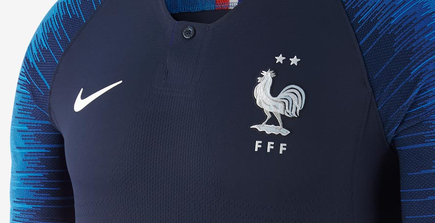 29e846b6e We can exclusively reveal that Nike will soon finally release the two-star  authentic version of the France 2018 home and away kits