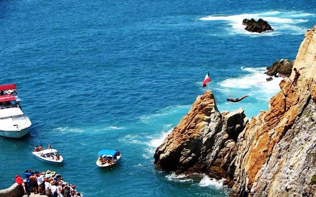 La Quebrada, Acapulco - Guerrero