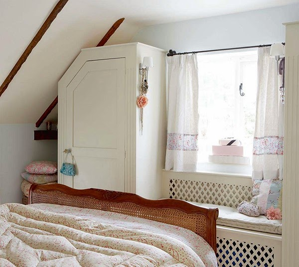 Small cottage bedroom decor