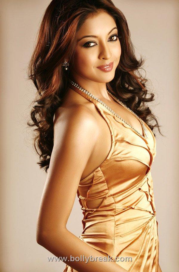 Tanushree Dutta Nude Photos 64