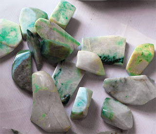 rough jade for sale