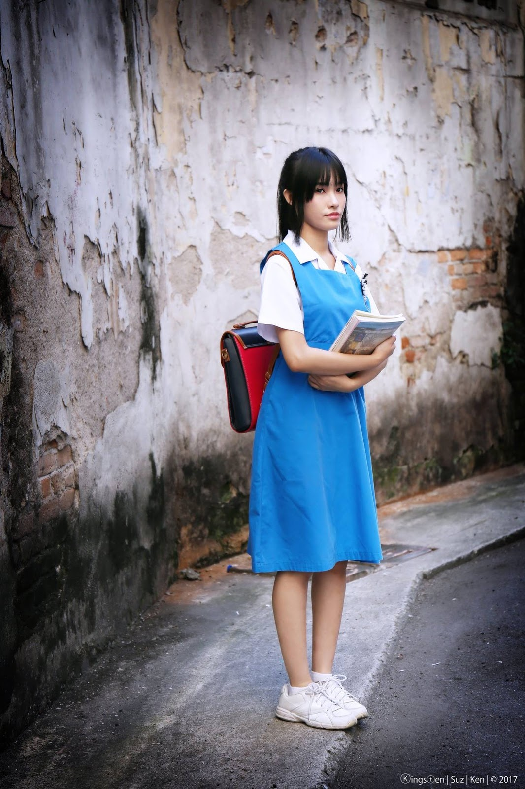 Malaysian school girl photos and teens