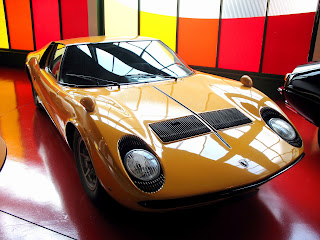 The Lamborghini Miura was hailed for its aerodynamic and beautiful design features