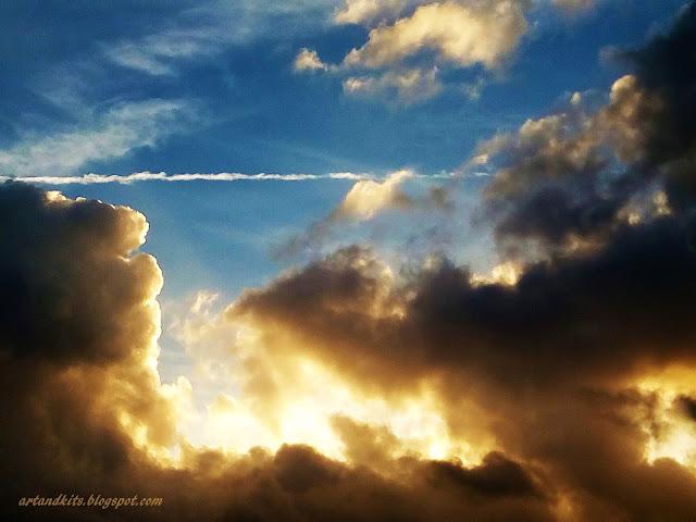 Quando Deus escreve certo, por linhas tortas... o resultado, deve ser mais ou menos este, que vos deixo hoje, na imagem seguinte... / When God writes it right, by crooked lines, the result should be, more or less, like this... as in the above image...