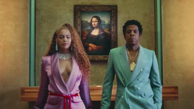 Beyoncé Lança disco surpresa