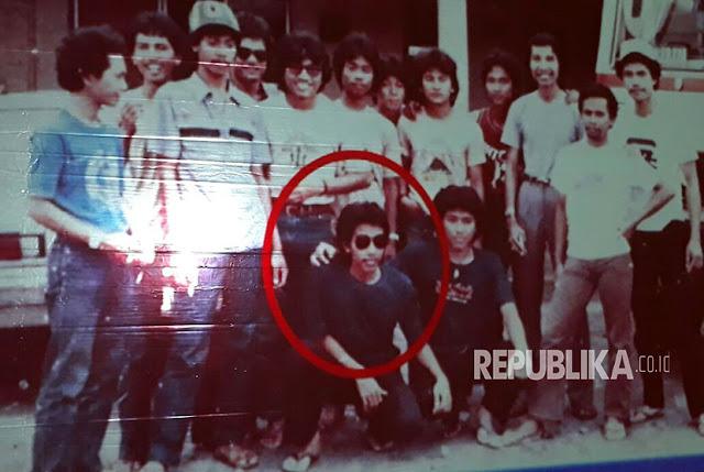 Jokowi Terkenang 37 Tahun Silam Sebagai Mahasiswa yang Gondrong, Celananya Cutbray