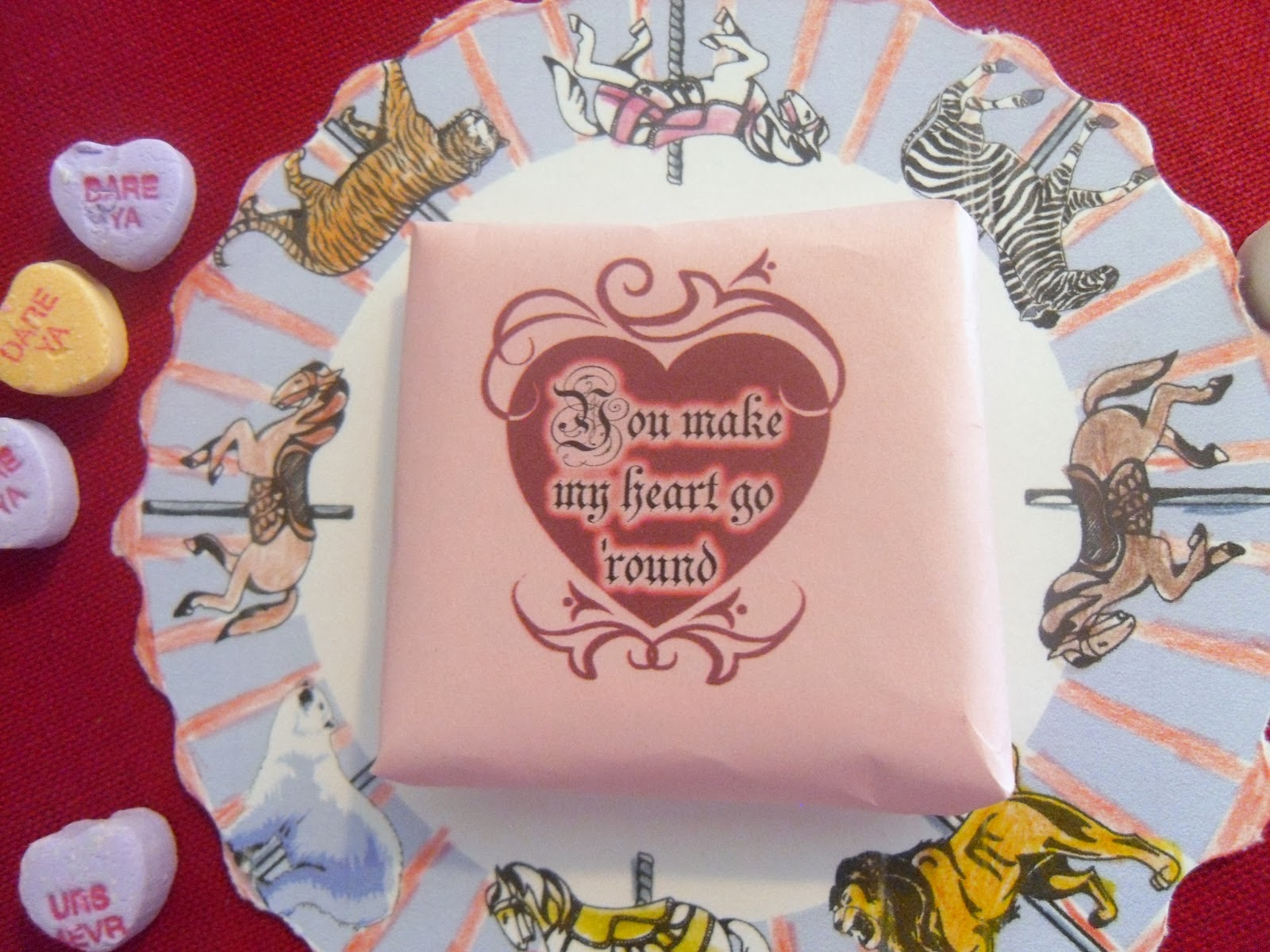 http://hollyshome-hollyshome.blogspot.com/2012/01/carrousel-valentine-with-resees-peanut.html