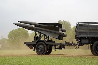 Sistem rudal MIM-23 Hawk buatan Raytheon