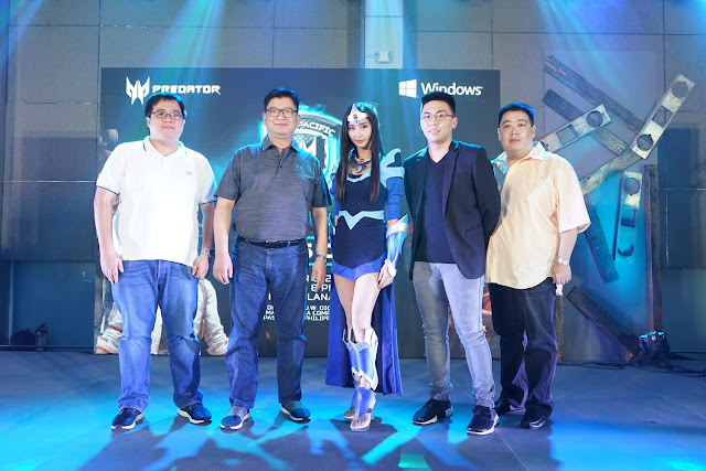 Acer Philippines Product Manager for Consumer Notebooks and Gaming, Bryan Dy; Acer Philippines Managing Director, Manuel Wong; Predator Ambassador, Alodia Gosiengfiao; TNC Pro Team Manager, Jim Paulo Sy and Acer Philippines Senior Channels Sales Manager for Consumer Business Wilhelm Uy