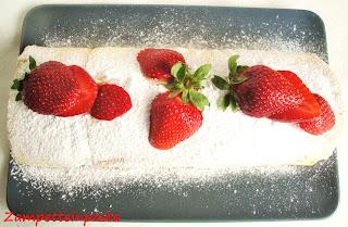 Rotolo alle fragole - Ricetta con le fragole