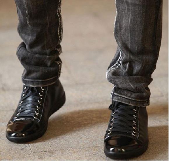 Cùng tìm hiểu về độ HOT của giày tăng chiều cao Linhkent