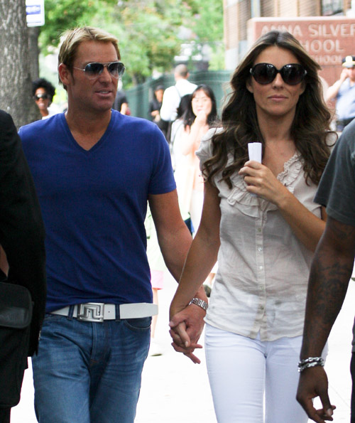 Ms Girl Wallpaper Shane Warne With Girlfriend Images 2013 14 All Cricket Stars